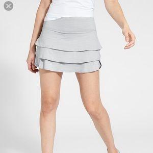 🔥Athleta Dot Stripe Swagger Skirt/Skort 🔥